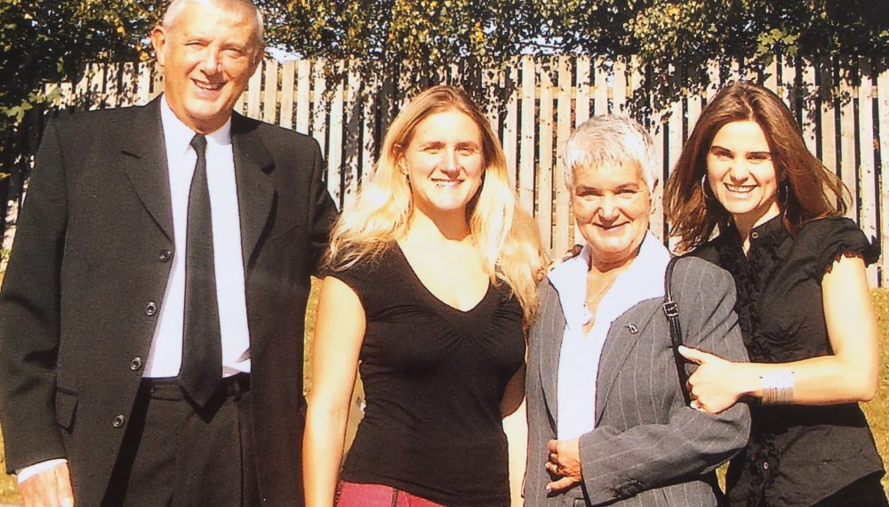 Gordon, Kim, Jean and Jo Leadbeater, 2008 Courtesy of Jo Cox's family Jo and her family are pictured here at her paternal Grandad Arthur's funeral in Heckmondwike
